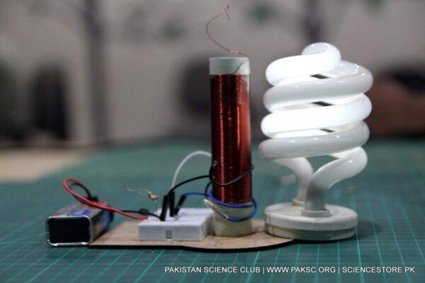 diy tesla coil tower florescent bulb testing